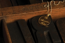 Narrate necklace in rose gold vermeil