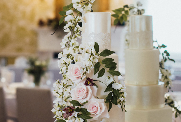 WIN! Your wedding cake, worth £750
