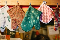 Manufacturers and retailers of domestic oven gloves to be aware of a new European regulation