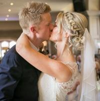Win your wedding hair
