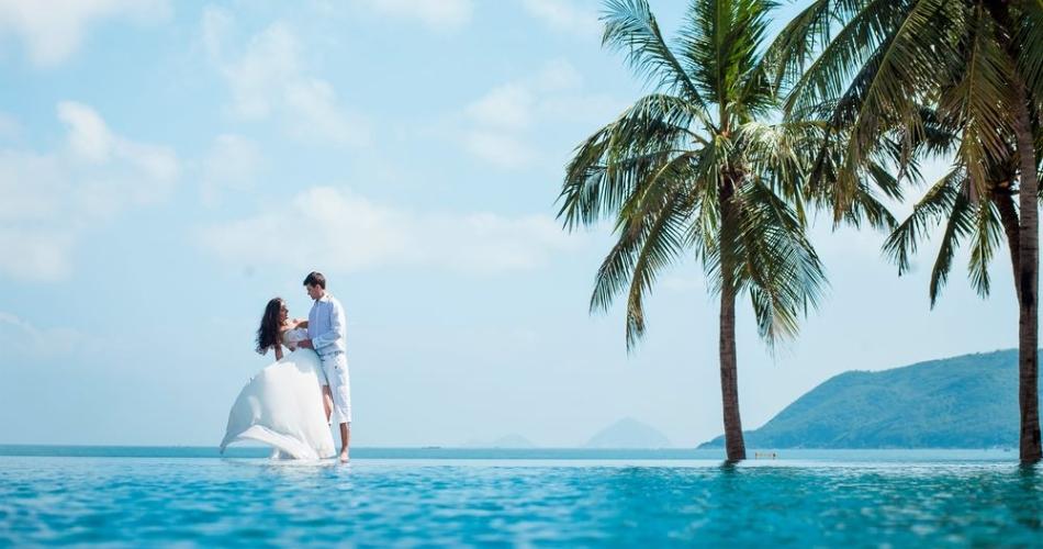 Image 1: Paradise Weddings Worldwide