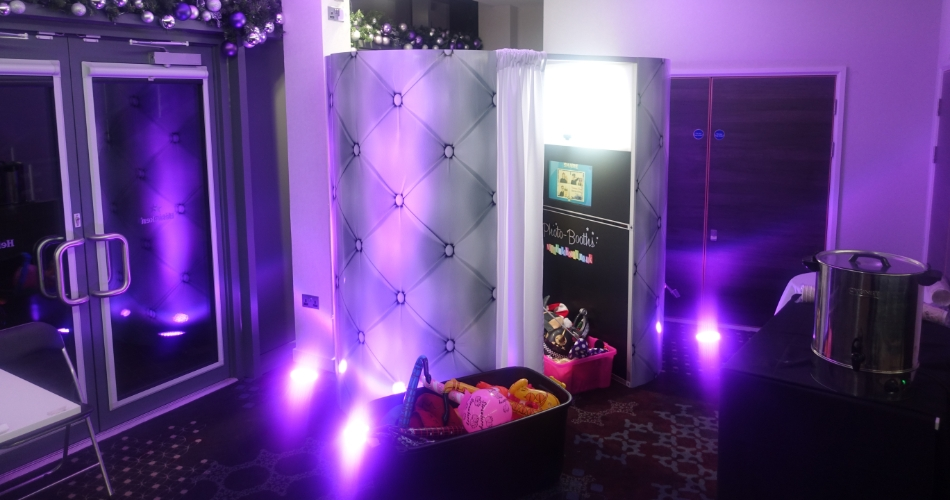 Image 1: Fun Casino & Photo Booth Hire
