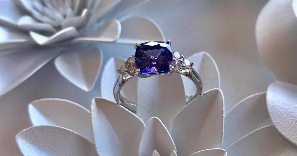 Image 1: Clusters Bespoke Jewellery Ltd