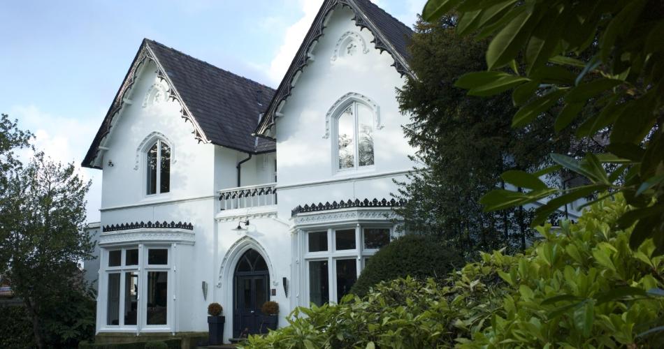 Image 1: Didsbury House