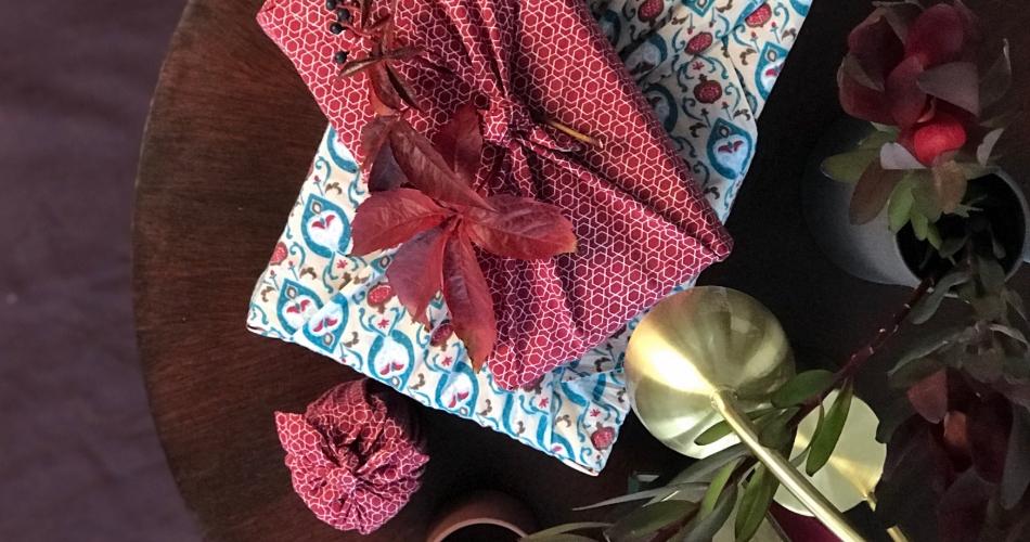 Image 1: FabRap Gift Wrap