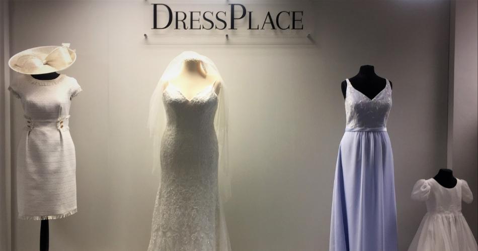 Image 1: DressPlace