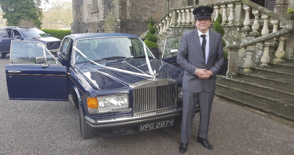 Image 1: Wedding Car