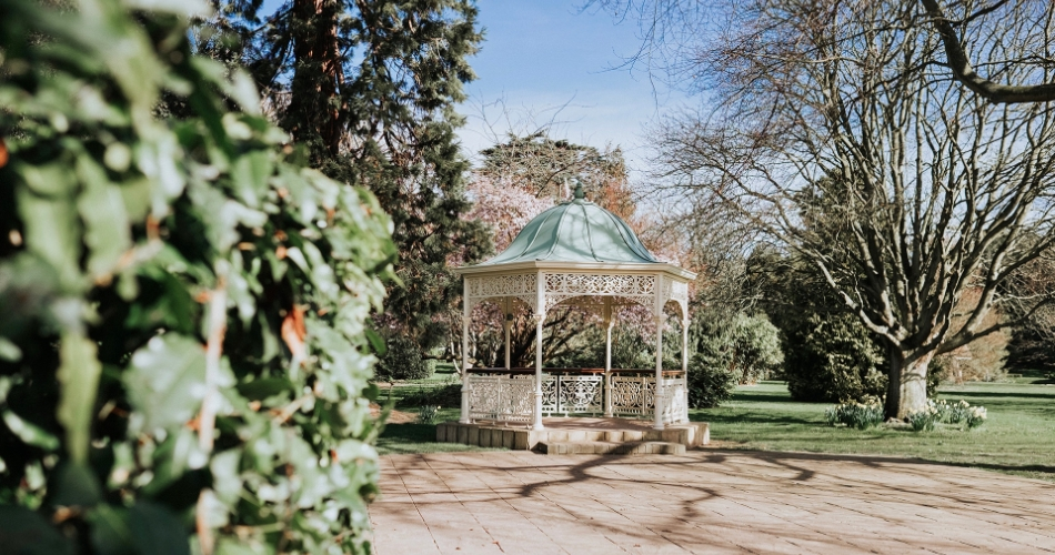 Image 1: Quex Park
