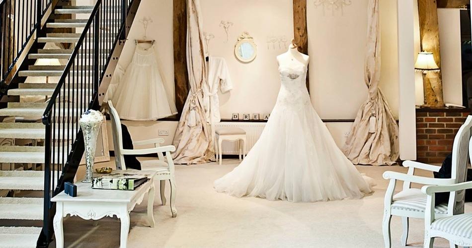 Image 1: Anya Bridal Couture