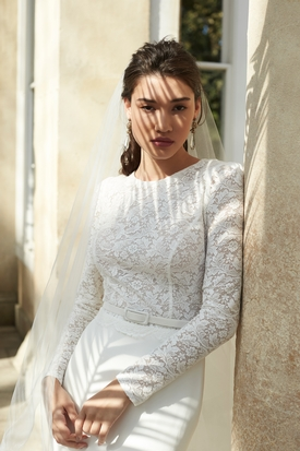 Amazing Wedding Dress At Si Holford Bridal Boutique In Taunton Somerset