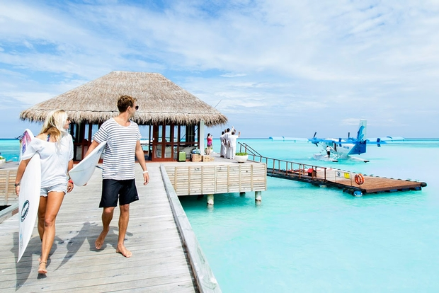 NIYAMA welcomes surfing couples to the Maldives