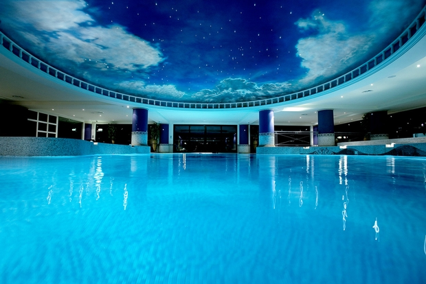 Melissa Barker reviews the luxurious Celtic Manor