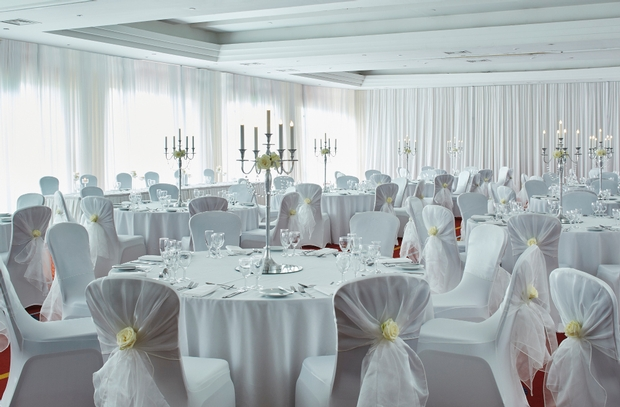Newcastle Marriott Hotel Gosforth Park's tips for getting wed this Christmas