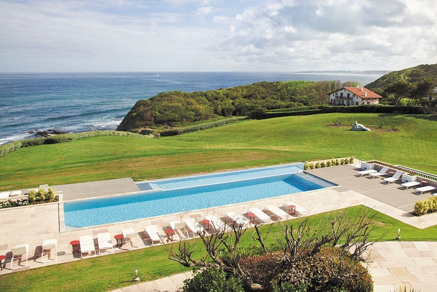 French luxury getaway for newlyweds