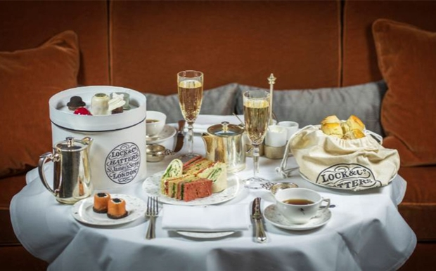 Lock & Co. Hatters have teamed up with Sheraton Grand London Park Lane to offer a special afternoon tea and millinery experience