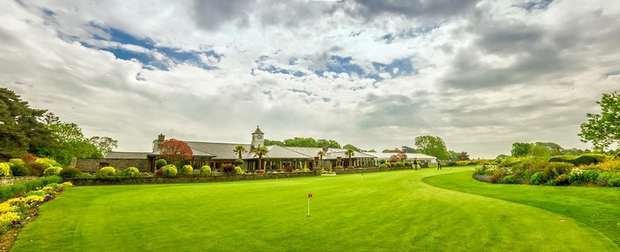 Tie the knot at Cottrell Park Golf Resort