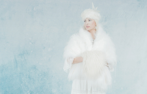 Local make-up artist, Charlotte Perrott reveals how you can create a wintry look