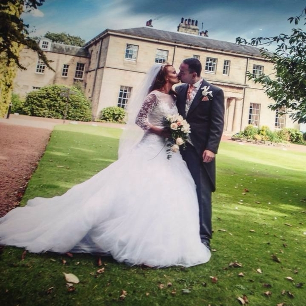 Lucky couple say 'I do' to return to wedding venue