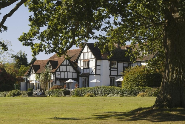 County Wedding Events comes to Horsham, Kent!