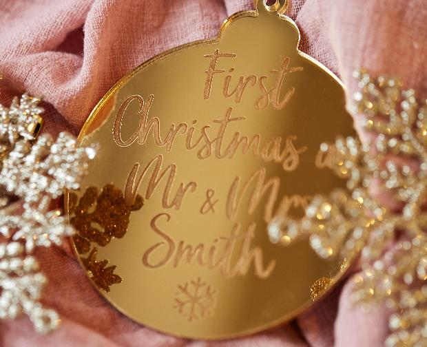 Christmas gifts for winter weddings