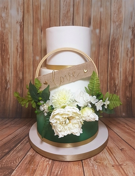 Five minutes with Tamworth-based wedding cake designers