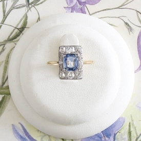 The Vintage Ring Company launches in the UK with prices of engagement rings under £2,000