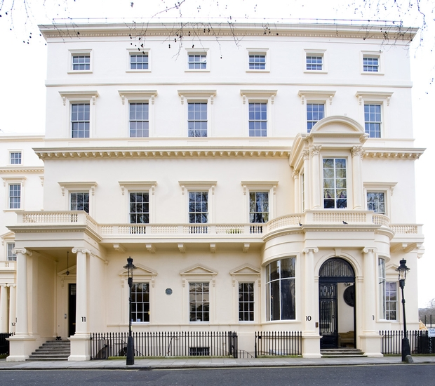 {10-11} Carlton House Terrace is awarded wedding licence
