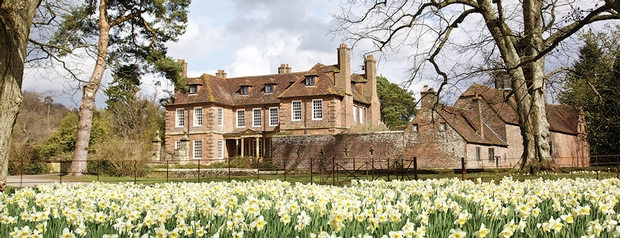 Wedding News: New wedding packages at Groombridge Place in Kent