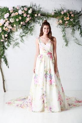 Charlotte Balbier's 10 reasons to opt for a floral wedding gown in 2017