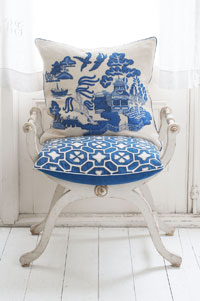 Jan Constantine launches new China Blue collection