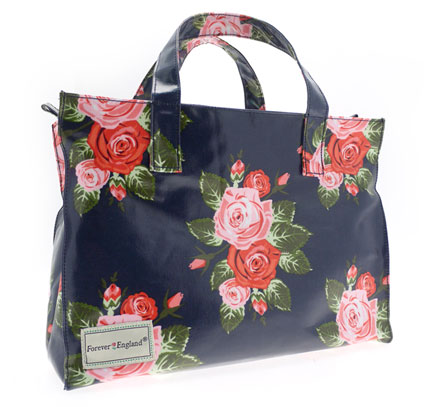 Lesser & Pavey expands its range of Forever England oil skin canvas bags