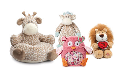 Enesco unveils the latest plush from Nat & Jules