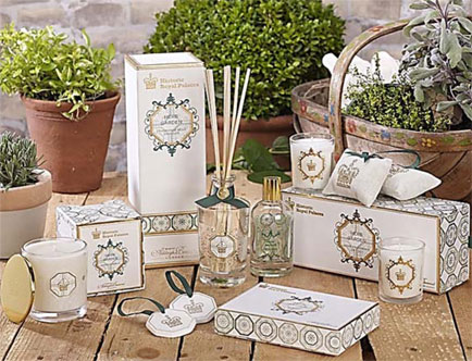 Ashleigh & Burwood launches luxurious new room sprays, scented ceramics and gift collections