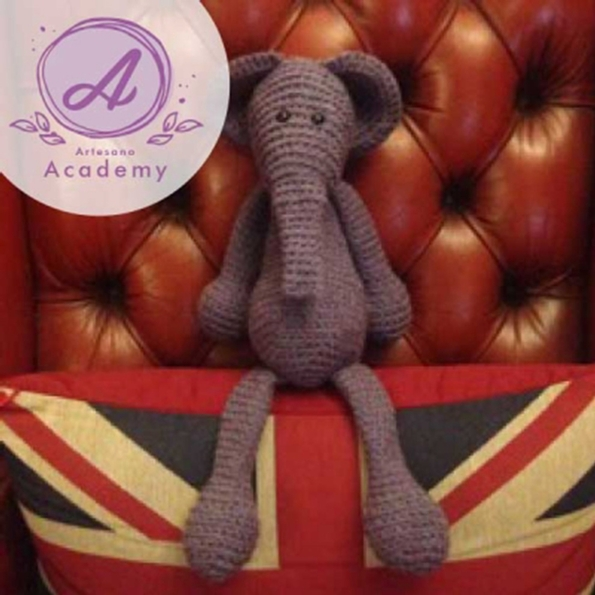 Artesano Yarns has a new learning academy for knitters and crocheters