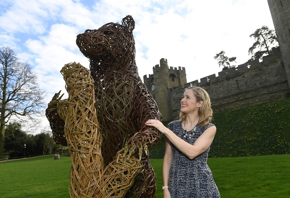 Giant bear spotted in Warwickshire