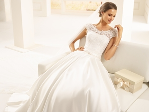 Bianco Evento presents its 2018 bridal collection