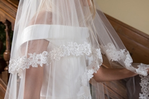Stunning new photography to showcase veils from Elizabeth Dickens