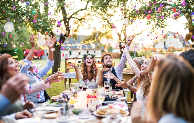 5 ways to include the alcohol-free person on your big day
