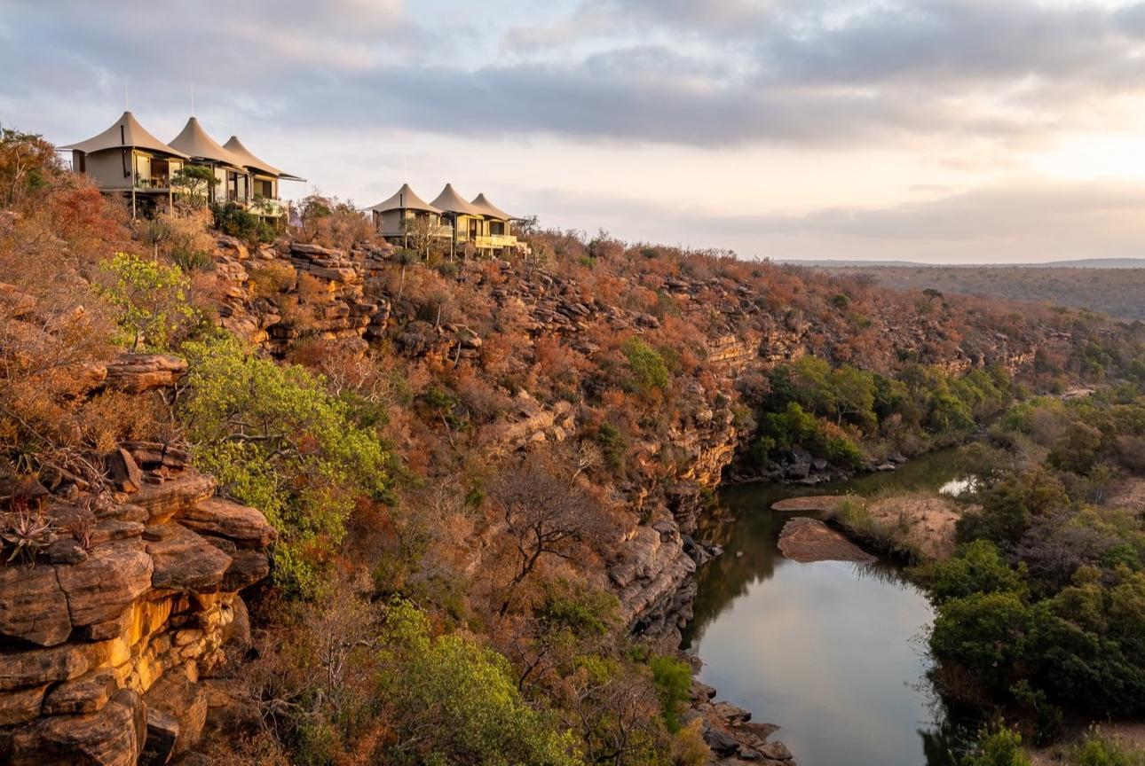 lodges on hilltop