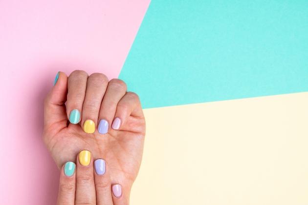 pastel coloured nails