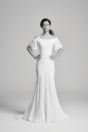 The gown low-down: Image 1a