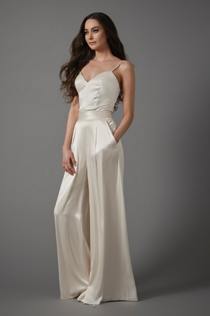 The gown low-down: Image 2b
