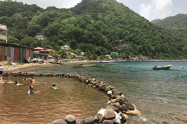 Discover Dominica: Image 3