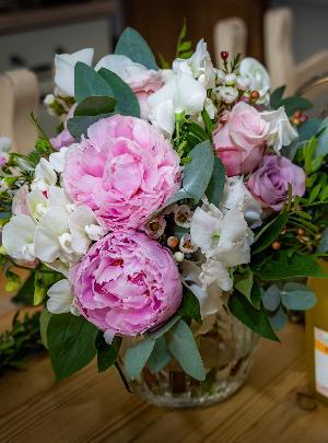 Whimsical woodland wedding: Image 2a