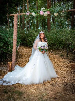 Whimsical woodland wedding: Image 2b