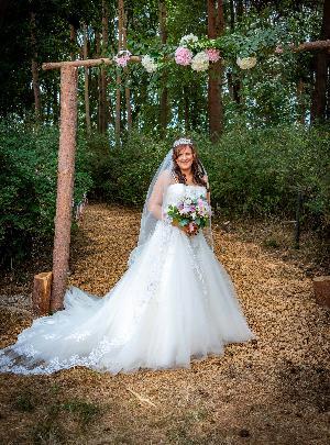 Whimsical woodland wedding: Image 2b