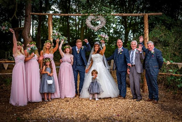 Whimsical woodland wedding: Image 5