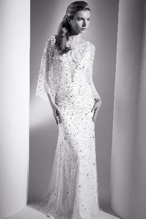 Dramatic dresses: Image 1a