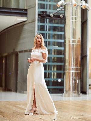 Dramatic dresses: Image 4b