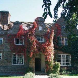 Howfield Manor